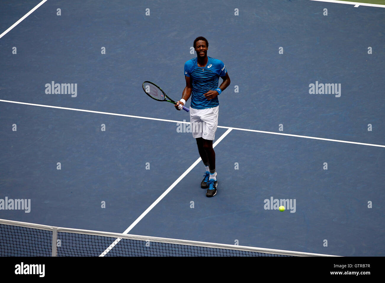 New York, United States. 09th Sep, 2016. Gael Monfils of France reacts to a shot during his semi final match against - Stock Image