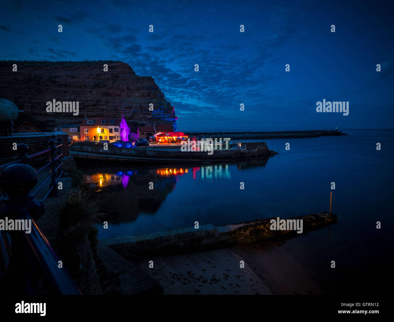Staithes, UK. 10th September, 2016. After dark, light artist Mick Stephenson's LIGHT installation, made from - Stock Image