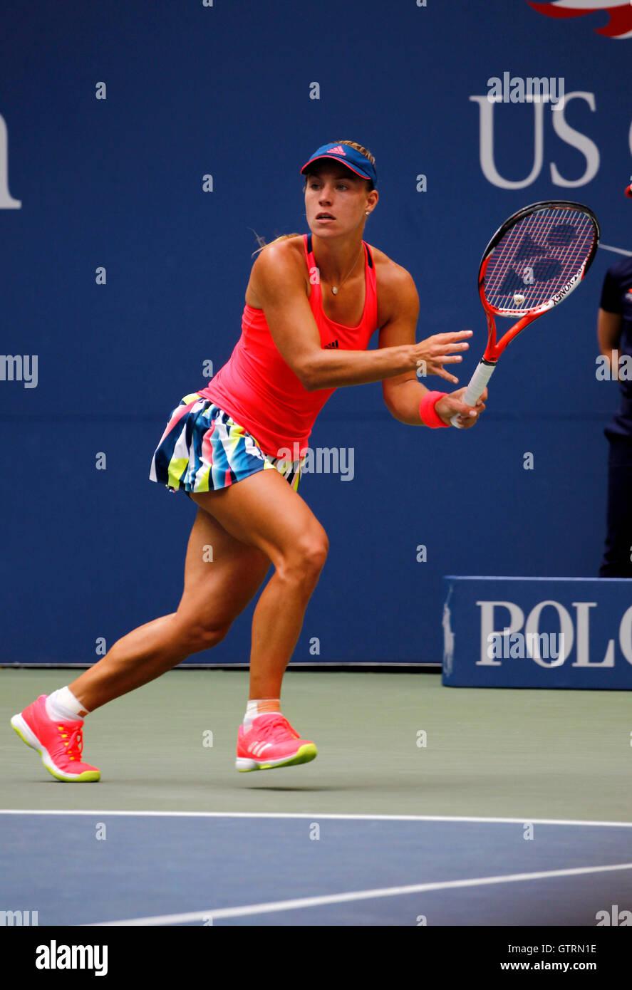 New York, USA. 10th September, 2016. Number 2 seed, Angelique Kerber of Germany in action against Karolina Pliskova - Stock Image