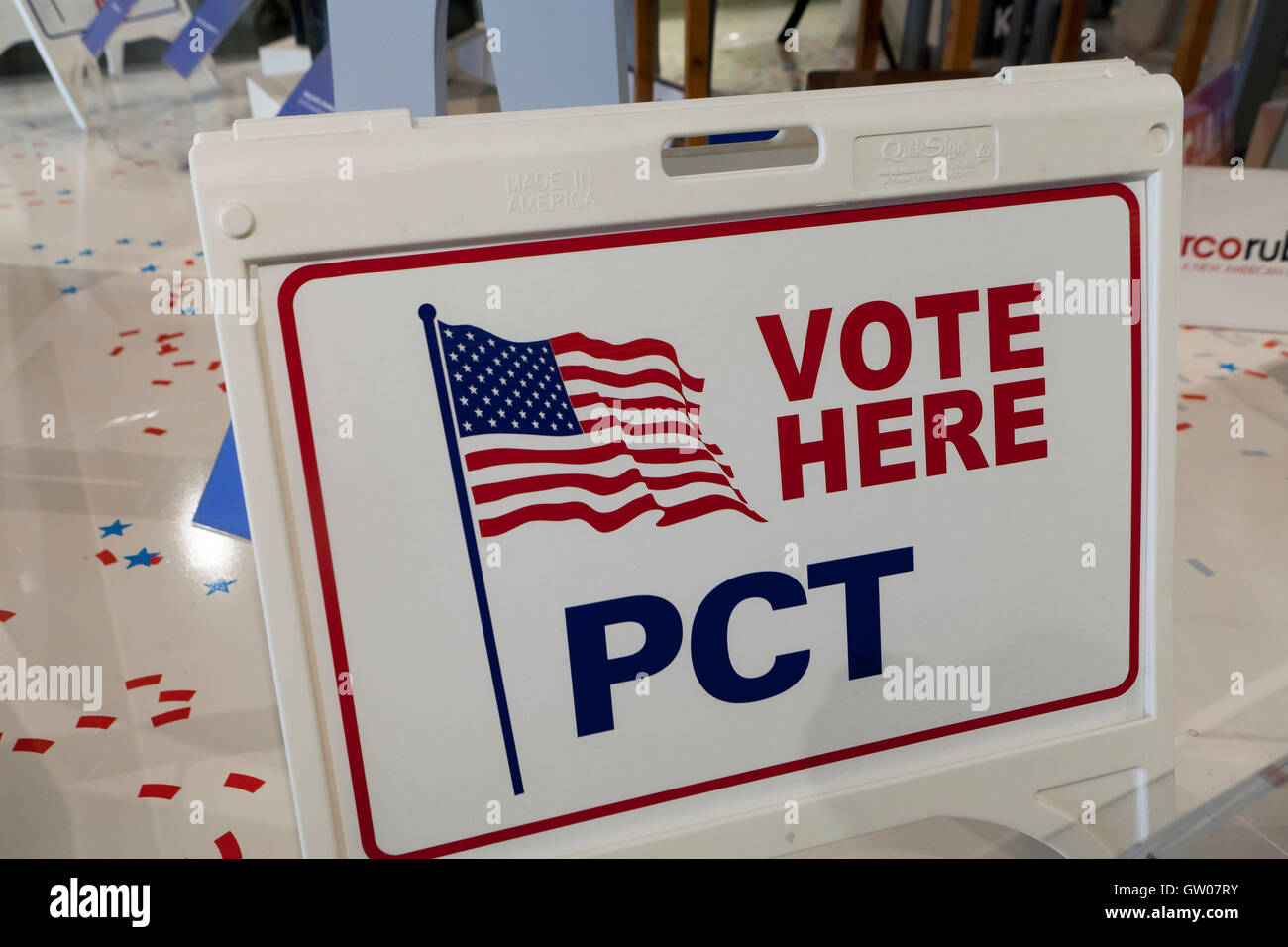 Vote Here sign - USA - Stock Image