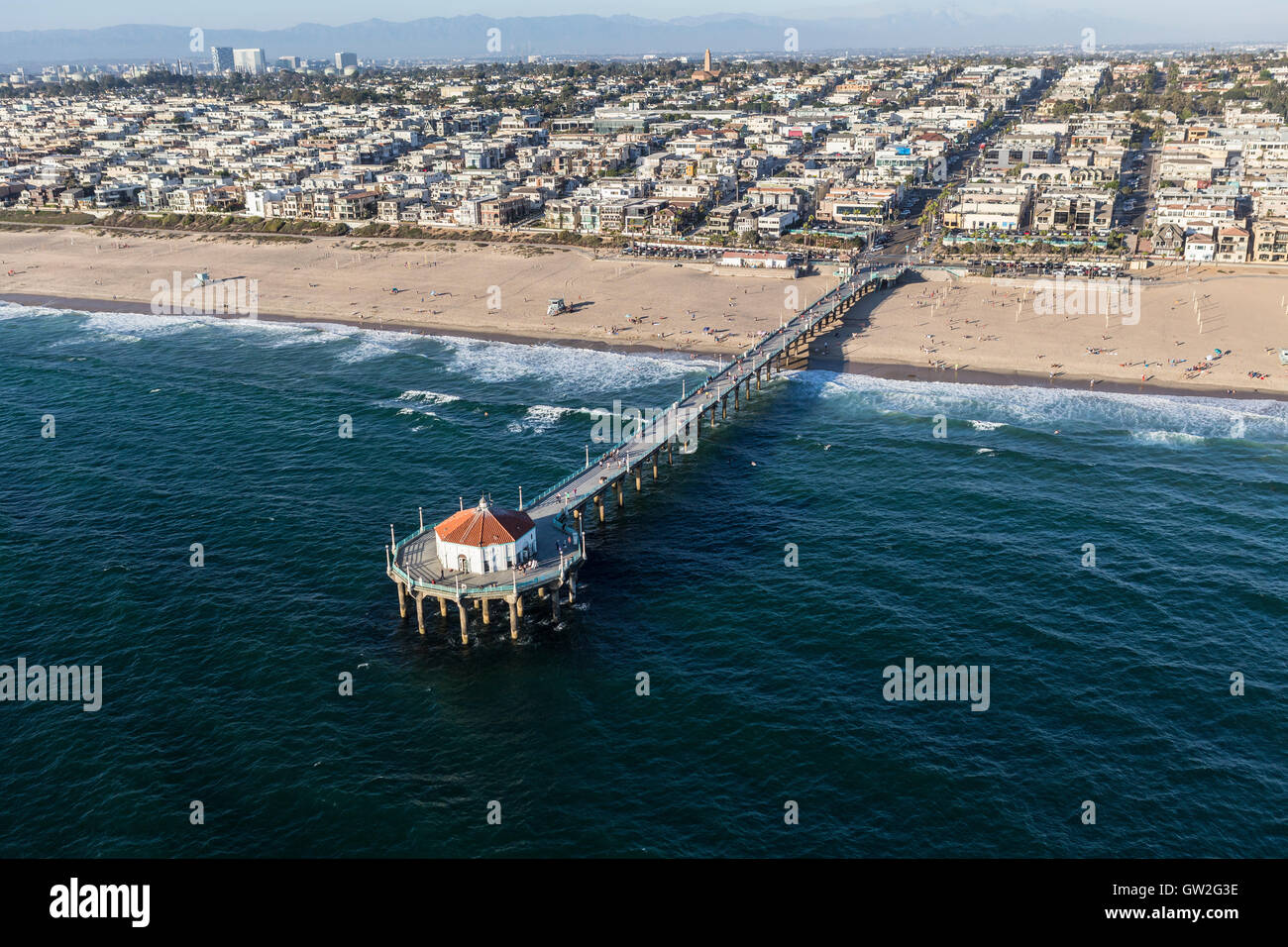 Aerial of Manhattan Beach Pier and the Pacific Ocean in Southern California. - Stock Image