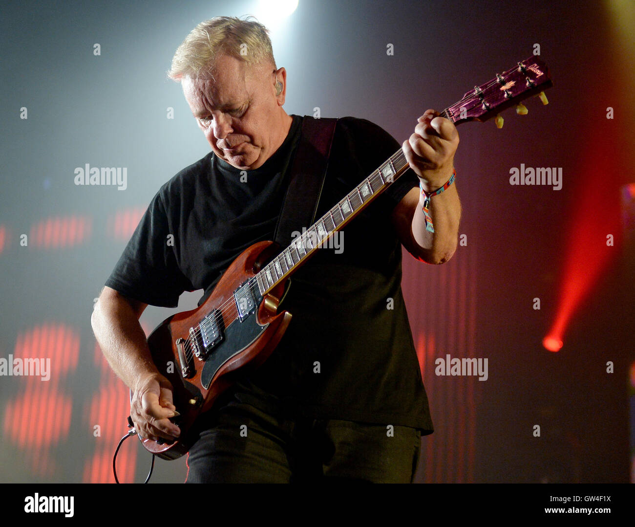 Berlin, Germany. 10th Sep, 2016. Singer Bernard Sumner of the band New Order performing at the music festival Lollapalooza - Stock Image