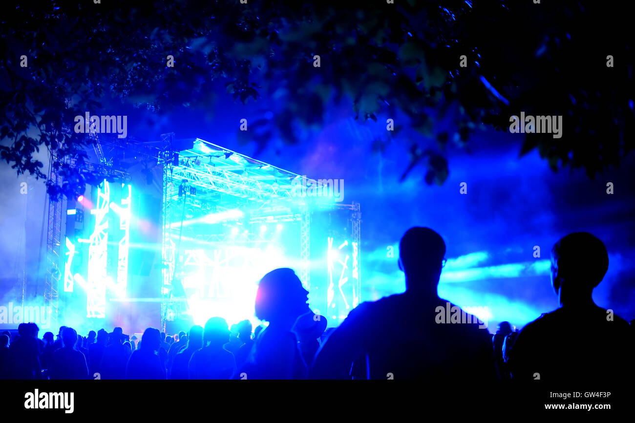 Berlin, Germany. 10th Sep, 2016. People celebrating during a performance at the music festival Lollapalooza in Berlin, - Stock Image