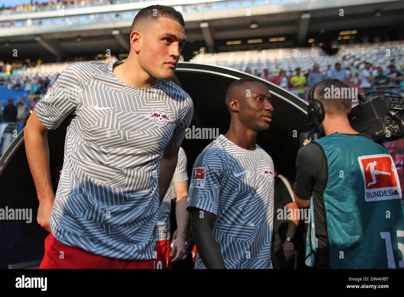Leipzig's new team members Kyriakos Papadopoulos (l) and Naby Keita entering the stadium before the Bundesliga - Stock Image