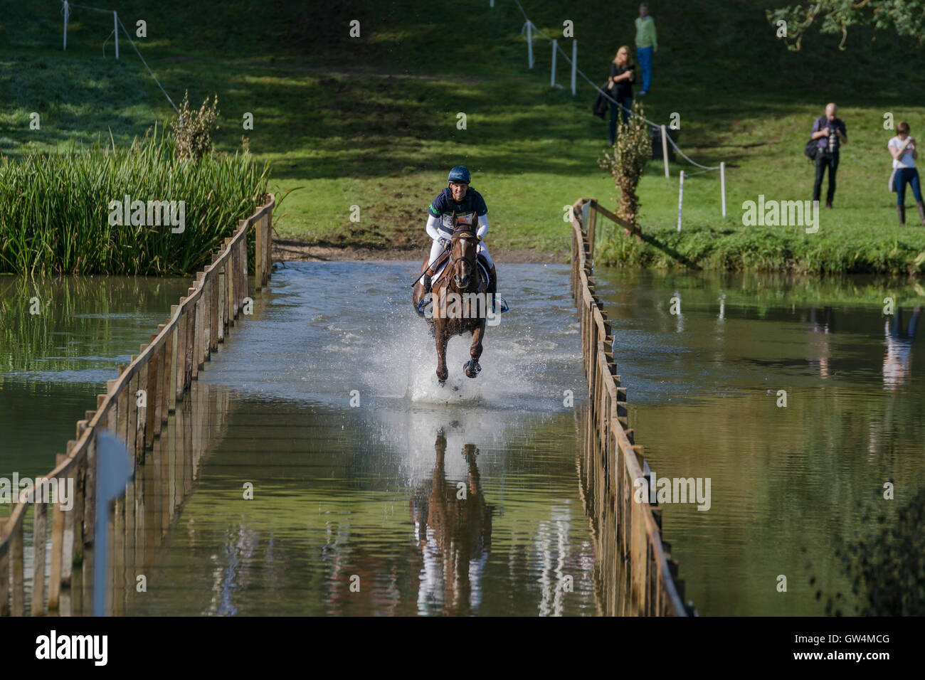 Riders compete in cross country horse trials at Blenheim Palace International Horse trials. Credit:  Scott Carruthers/Alamy - Stock Image