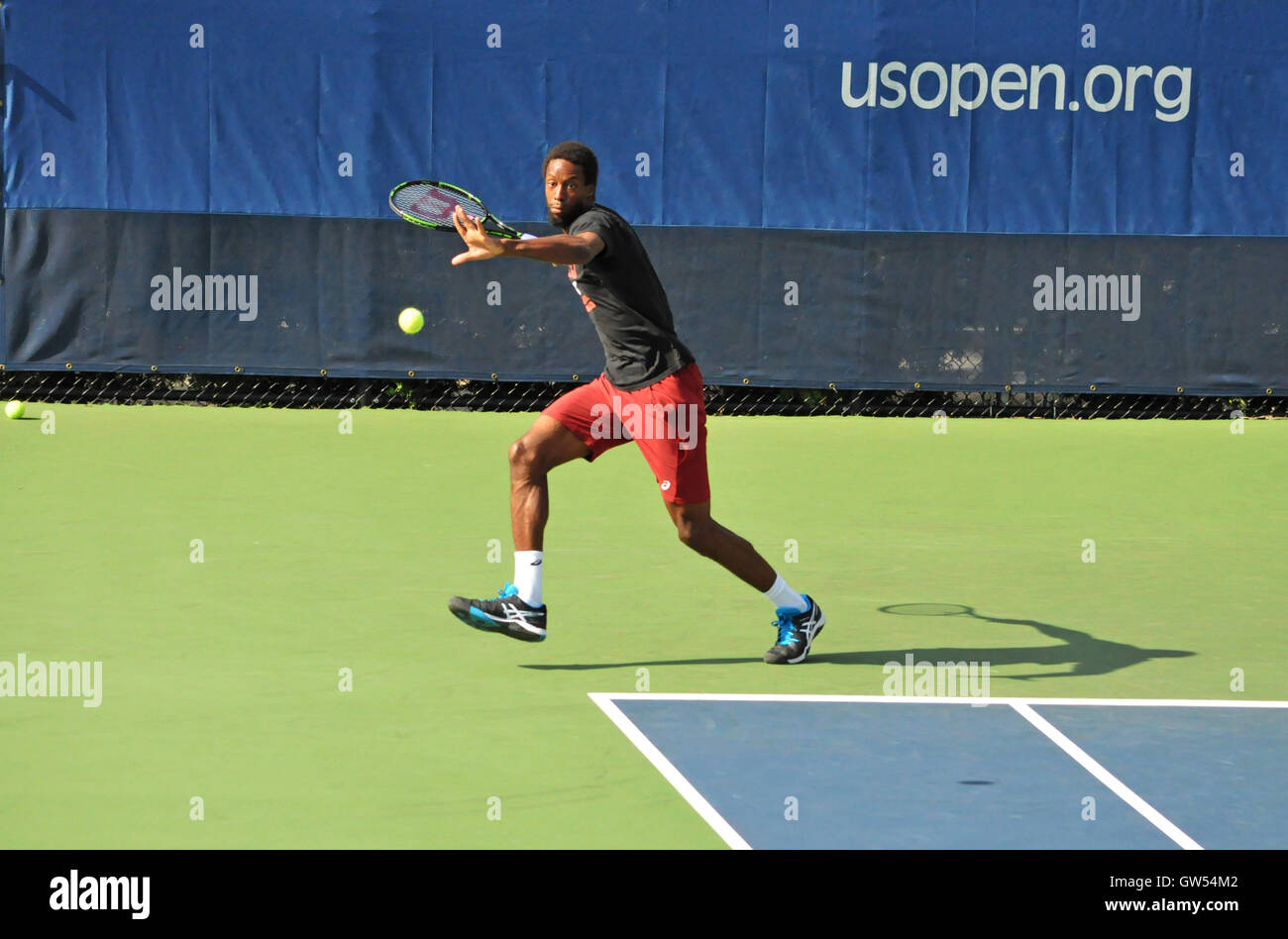 Queens, NY. September 8 2016.  Gael Monfils practicing before his US open semifinal match. © Veronica Bruno/Alamy - Stock Image