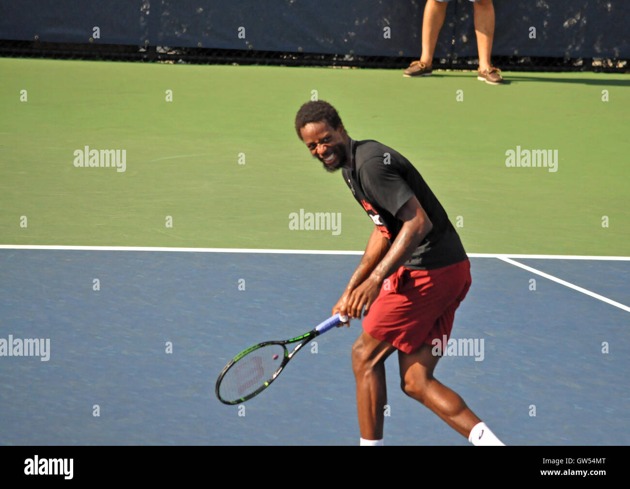 Queens, NY. September 8 2016.  Gael Monfils having fun during his US Open practice session. © Veronica Bruno/Alamy - Stock Image