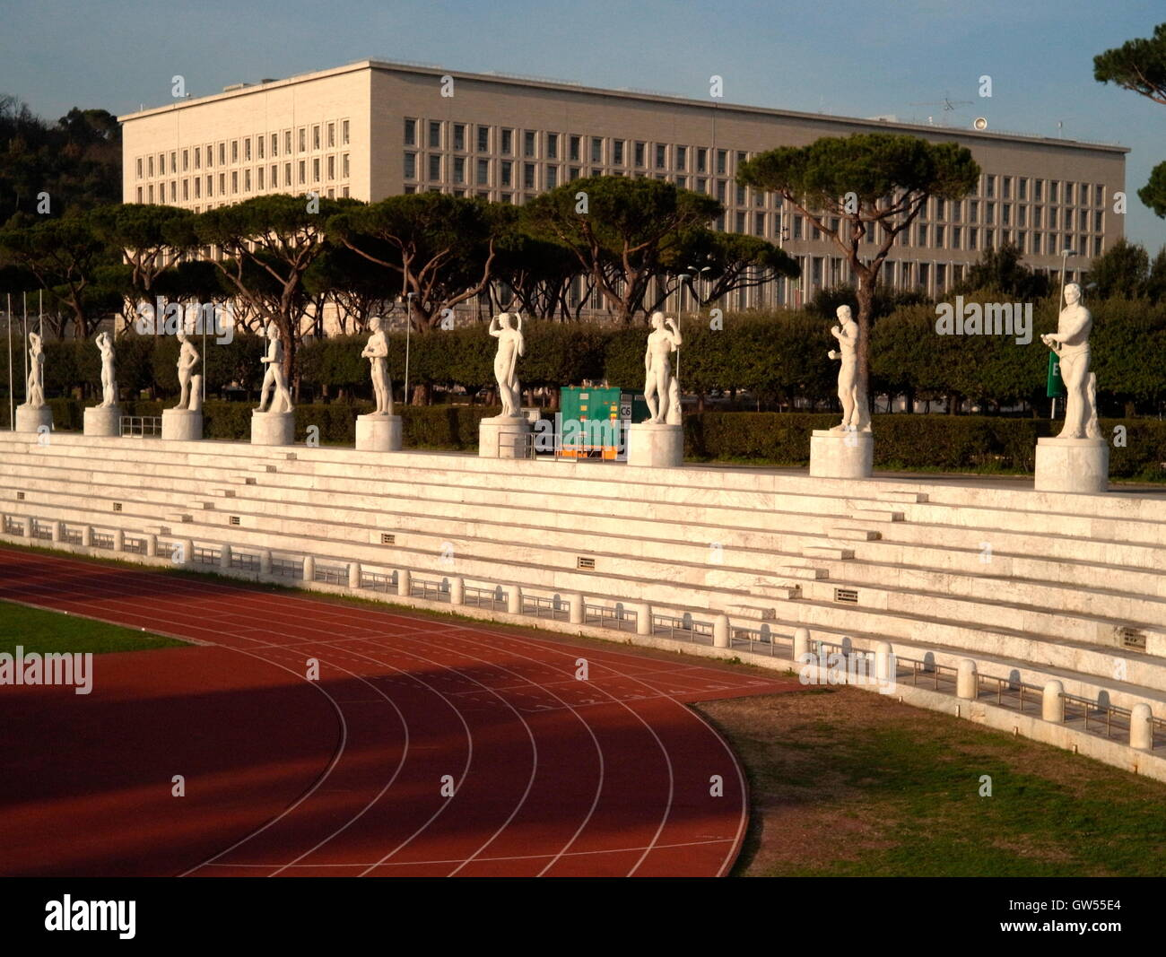AJAXNETPHOTO. 2015. ROME, ITALY. - MINISTRY OF FOREIGN AFFAIRS - PALAZZO DELLA FARNESINA, BUILT BETWEEN 1935 - 1959 - Stock Image