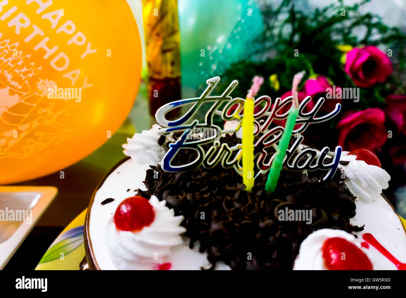 Pleasant Beautiful Birthday Cake With Icing Candles Chocolate Balloons Personalised Birthday Cards Veneteletsinfo