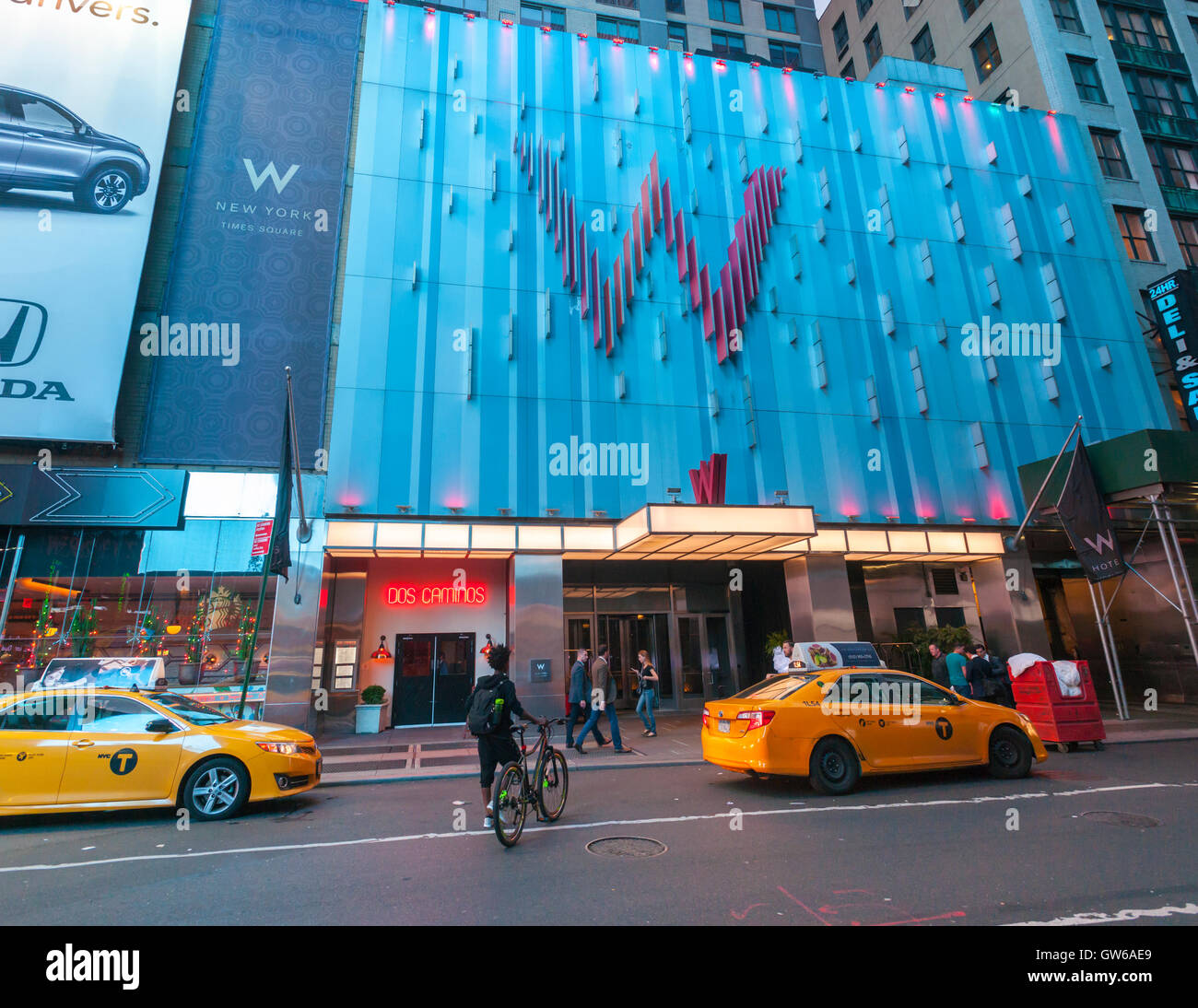 The W Hotel in Times Square on Tuesday, September 6, 2016.  (© Richard B. Levine) - Stock Image