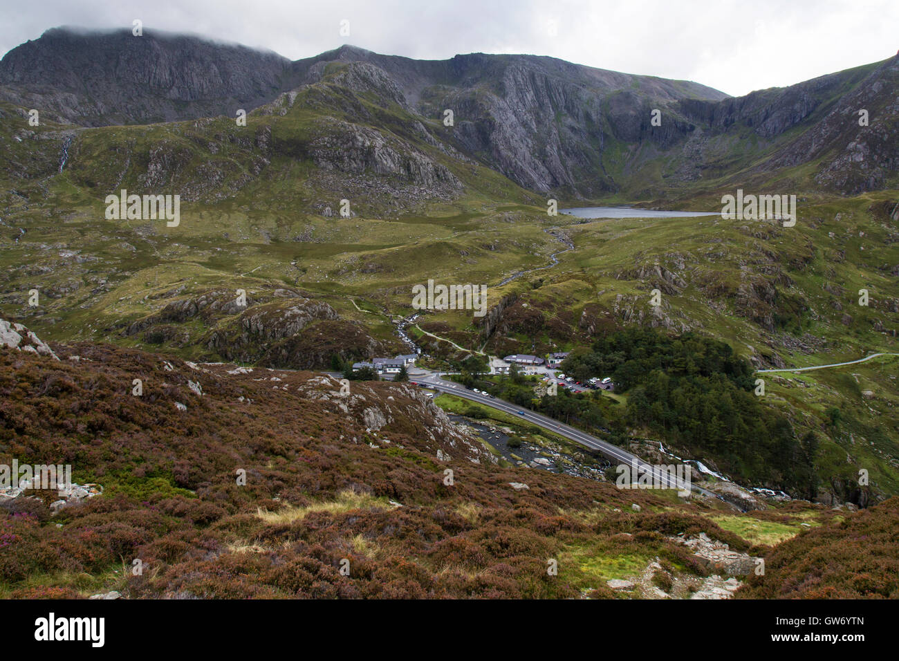 Looking down on to the A5 road in North Wales, with Llyn (Lake) Idwal in the backgound, The Devil's Kitchen - Stock Image