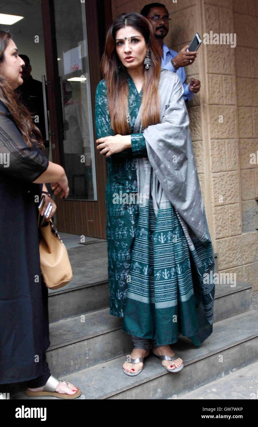 Bollywood Actor Raveena Inauguration State Of The Art Stock Photos ...