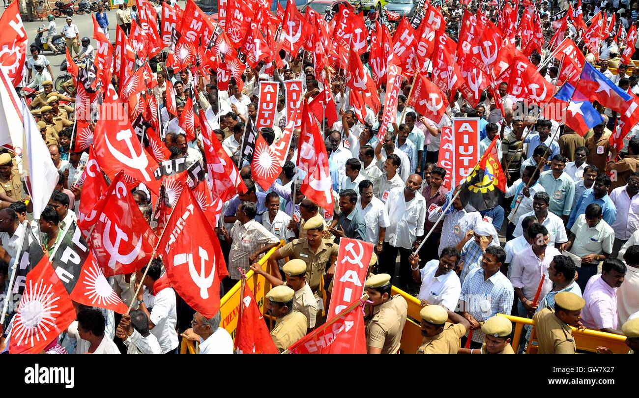 Trade union activists protest during a nationwide strike in Chennai, India on September 2, 2016 - Stock Image