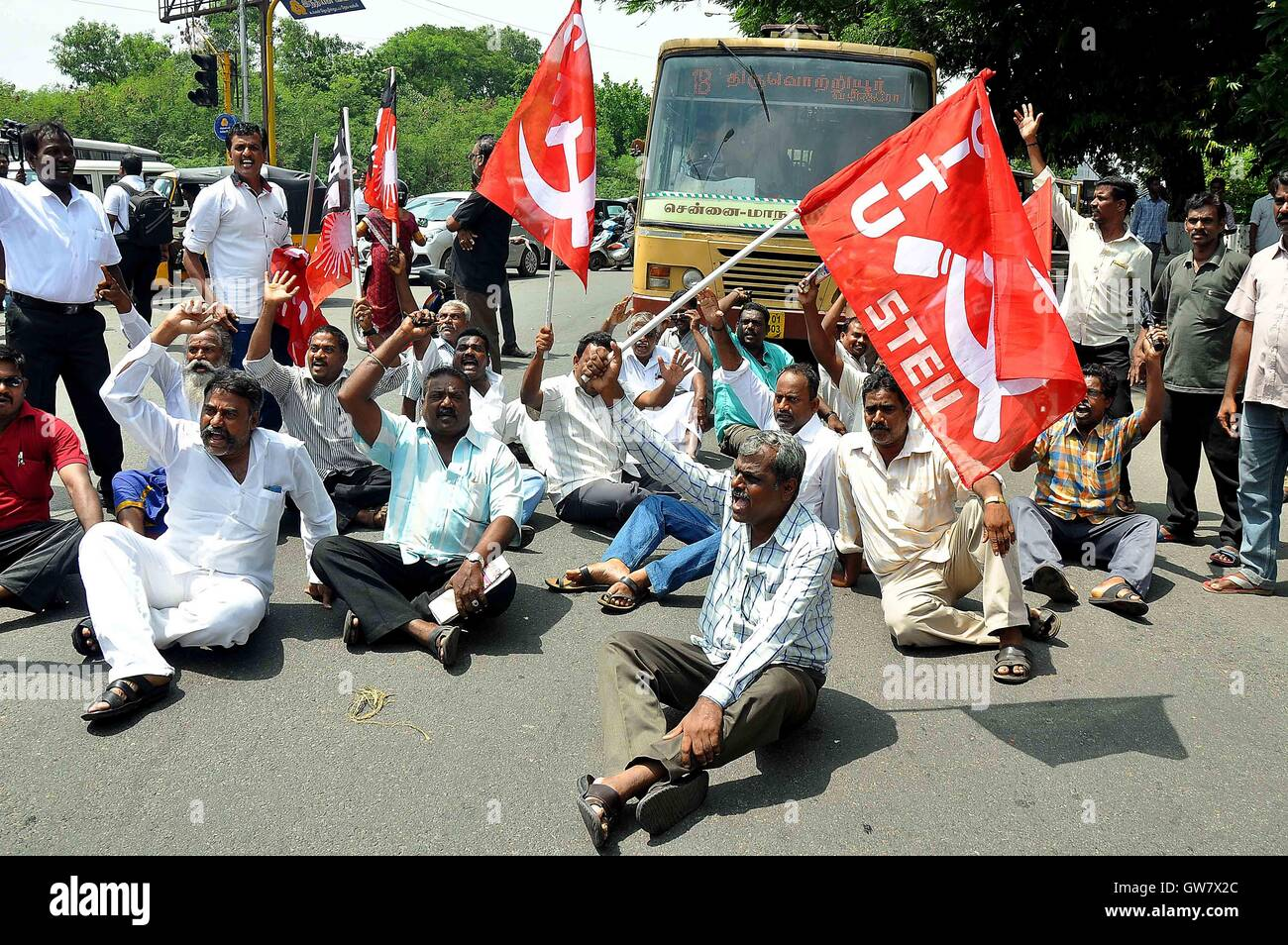 Trade union activists protest during a nationwide strike Chennai, India on September 2, 2016 Trade unions demanded - Stock Image