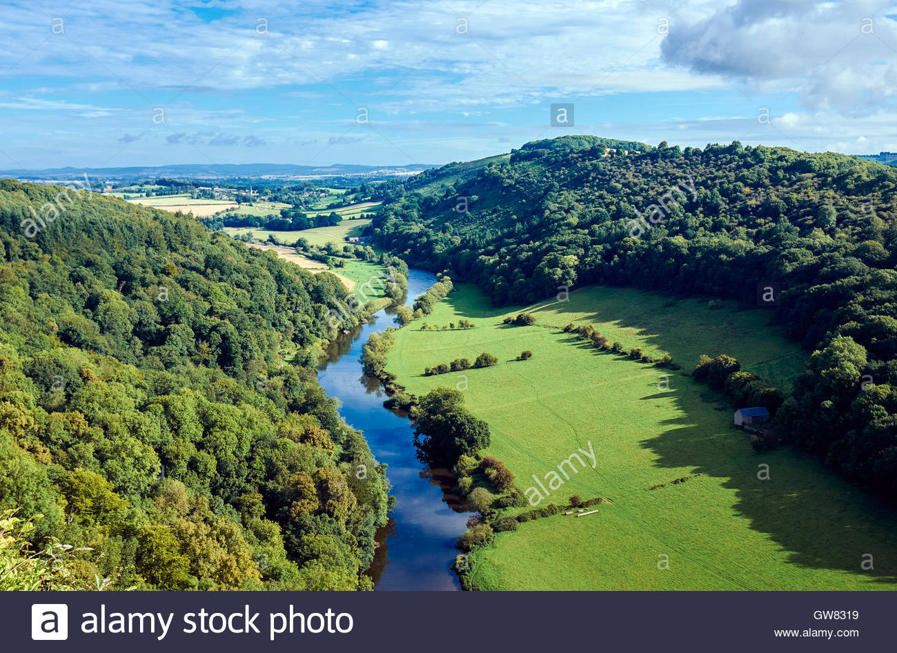 The river wye in Wye valley, the view from above at Symonds Yat rock viewpoint - Stock Image