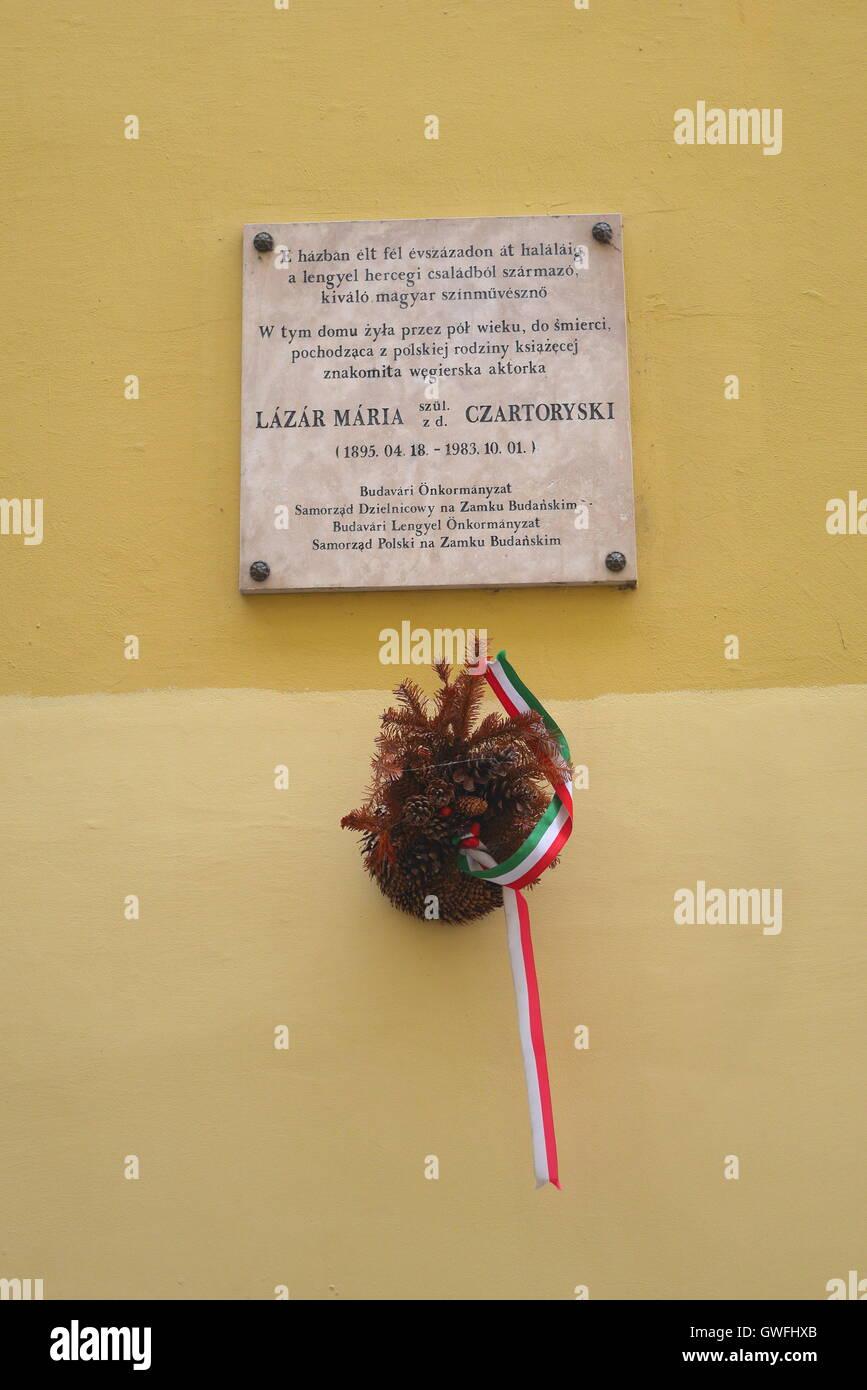 Commemorative plaque to actress Maria Klar (Czartoryski-Lazar), Castle District, Budapest, Hungary - Stock Image