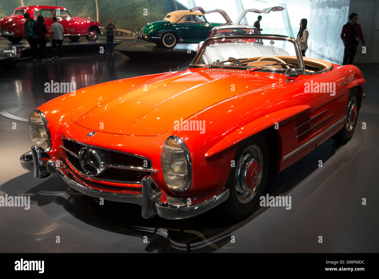 1962 Mercedes-Benz 300 SL Roadster, succeeded in 1957 the legendary 'Gullwing', Mercedes-Museum, Stuttgart, - Stock Image