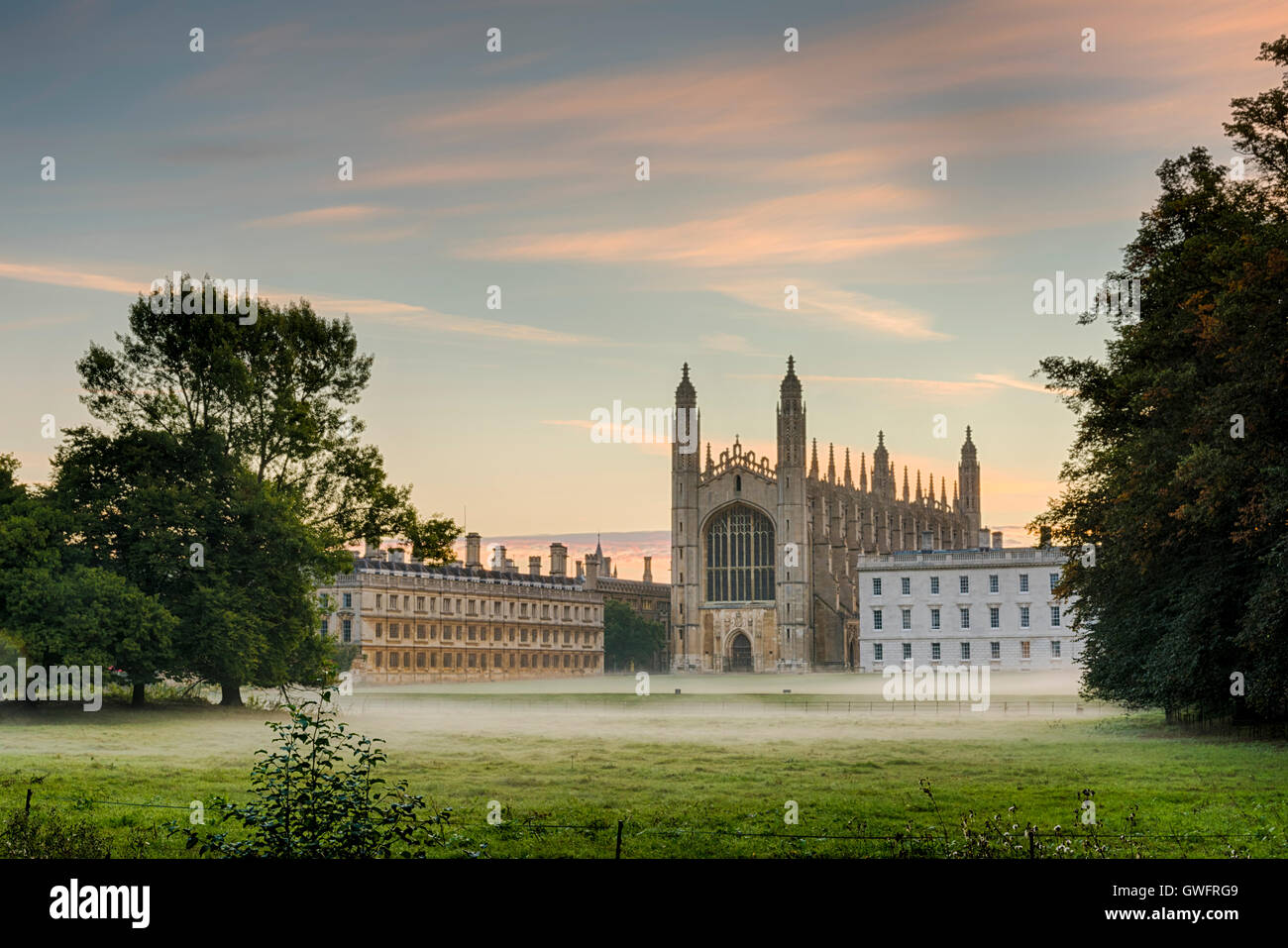 King's College, Cambridge, UK, 13th September 2016. Mist hangs in the air and across the manicured lawns of King's - Stock Image