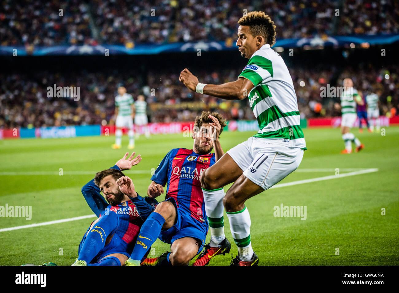Barcelona, Catalonia, Spain. 13th Sep, 2016. Celtic midfielder SCOTT SINCLAIR in action against FC Barcelona defender - Stock Image