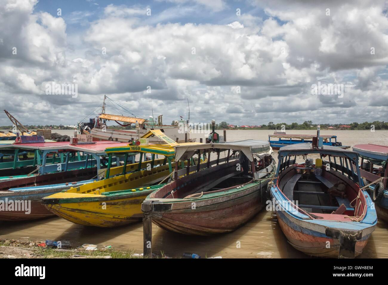Colorful wooden boats in Paramaribo - Stock Image
