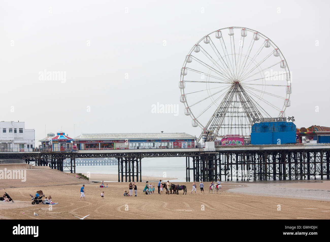 Warm weather at Blackpool , England , today (Tuesday 7th June 2016) A view of the beach and central pier - Stock Image