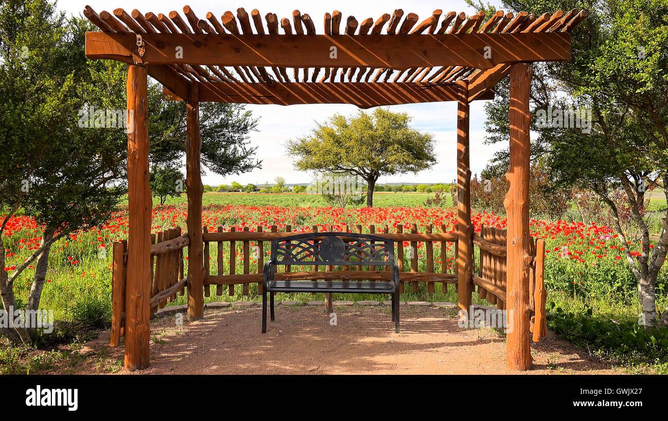 Garden Wrought Iron Bench Stock Photos & Garden Wrought Iron Bench ...