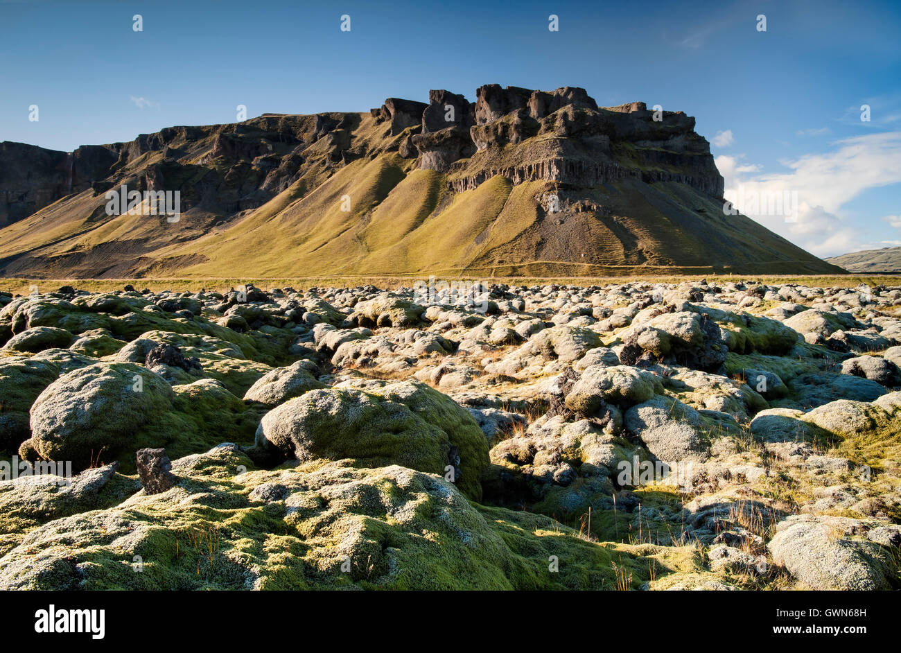 Dramatic Icelandic Scenery & Moss Covered Lava Field, near Kirkjubaejarklaustur, Southern Iceland - Stock Image