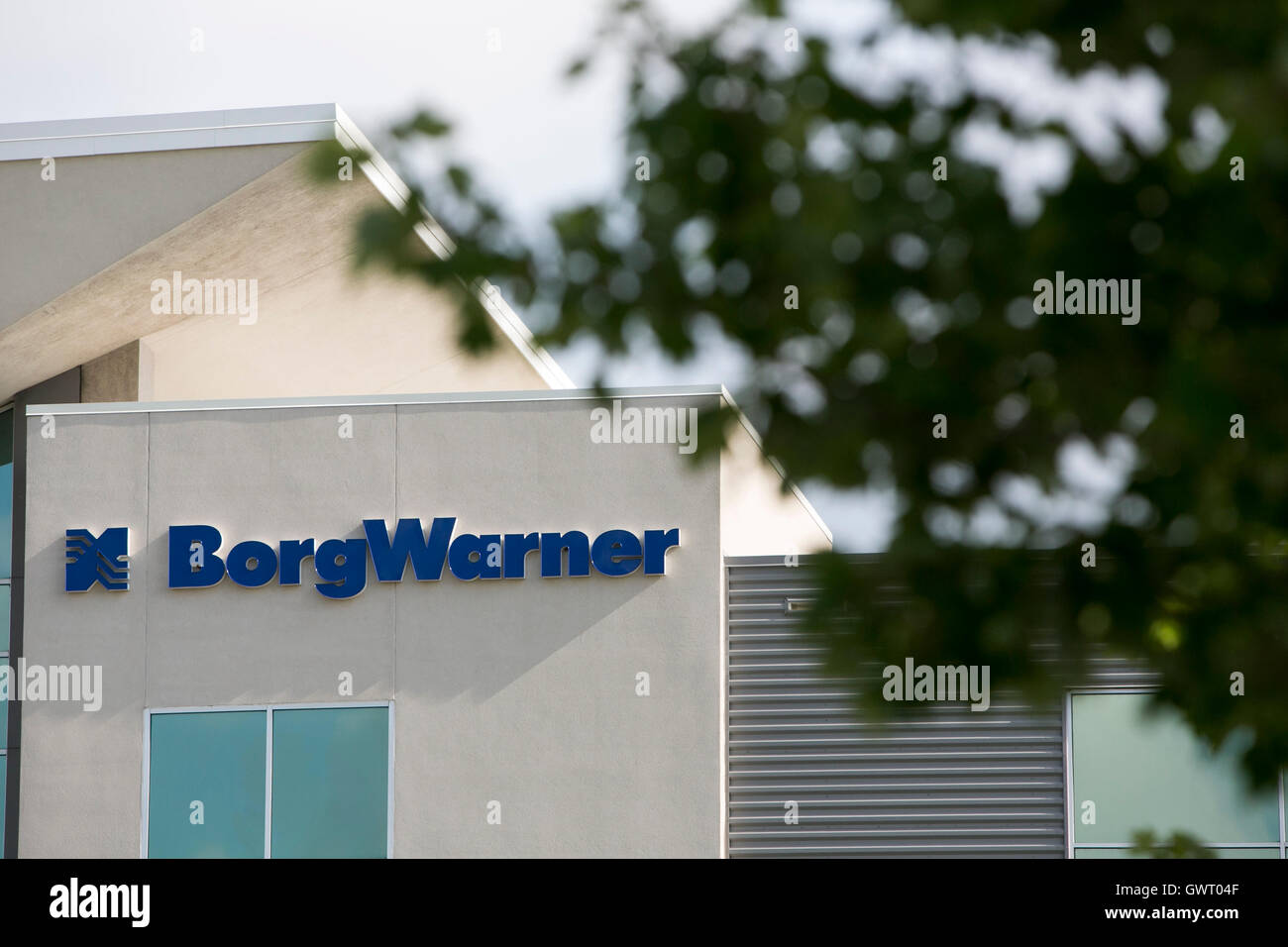 A Logo Sign Outside Of The Headquarters Of Borgwarner Inc In Stock Photo Alamy