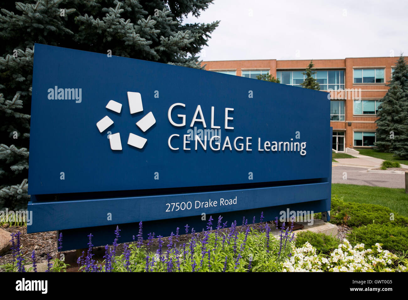 A logo sign outside of the headquarters of Gale, a subsidiary of Cengage Learning, in Farmington Hills, Michigan - Stock Image
