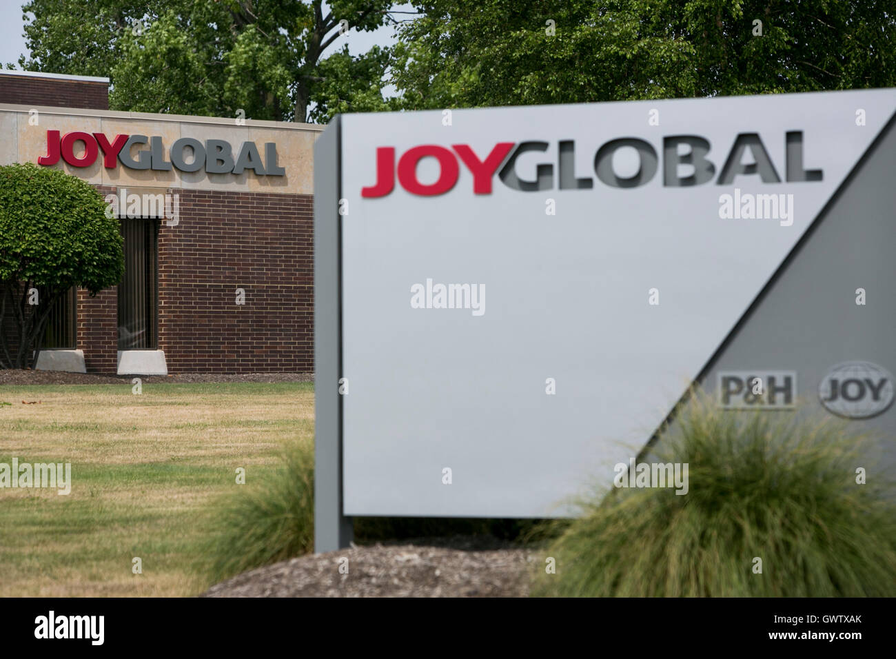 A logo sign outside of a Joy Global, Inc., facility in Cleveland, Ohio on July 21, 2016. Stock Photo