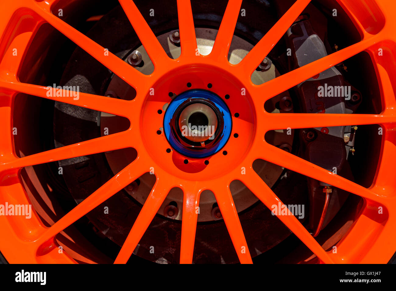 McLaren F1 GTR Longtail bright orange OZ Racing alloy detail - Stock Image