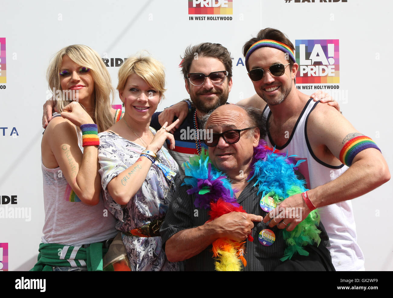 Kaitlin Olson And Rob Mcelhenney Wedding.2016 La Pride Festival Day 3 Featuring Danny Devito Charlie Day