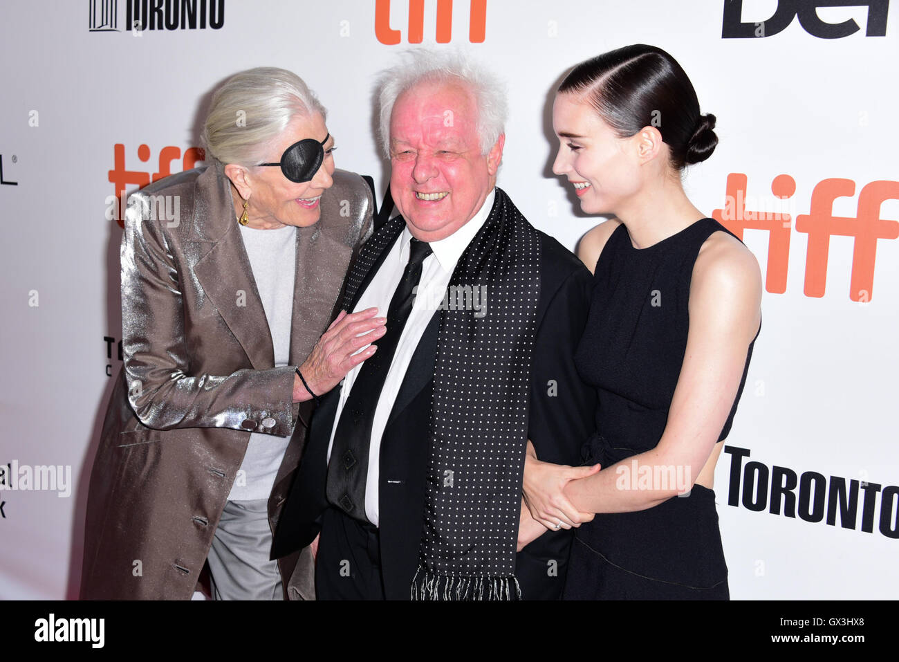 Toronto, Ontario, Canada. 15th Sep, 2016. Actress VANESSA REDGRAVE, director JIM SHERIDAN and actress ROONEY MARA - Stock Image