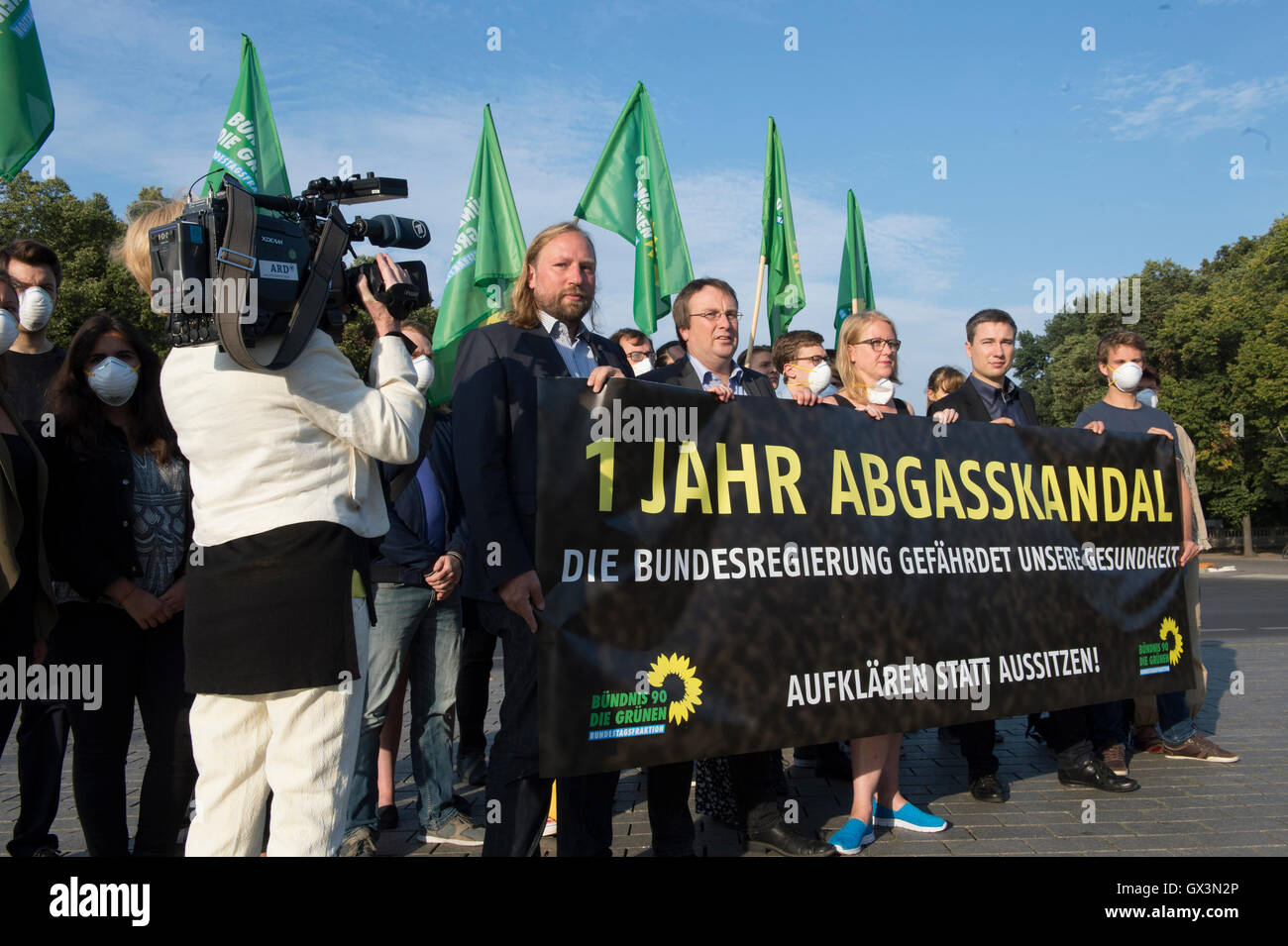 Berlin, Germany. 16th Sep, 2016. '1 year exhaust scandal - the Federal Government is harming our health' - Stock Image
