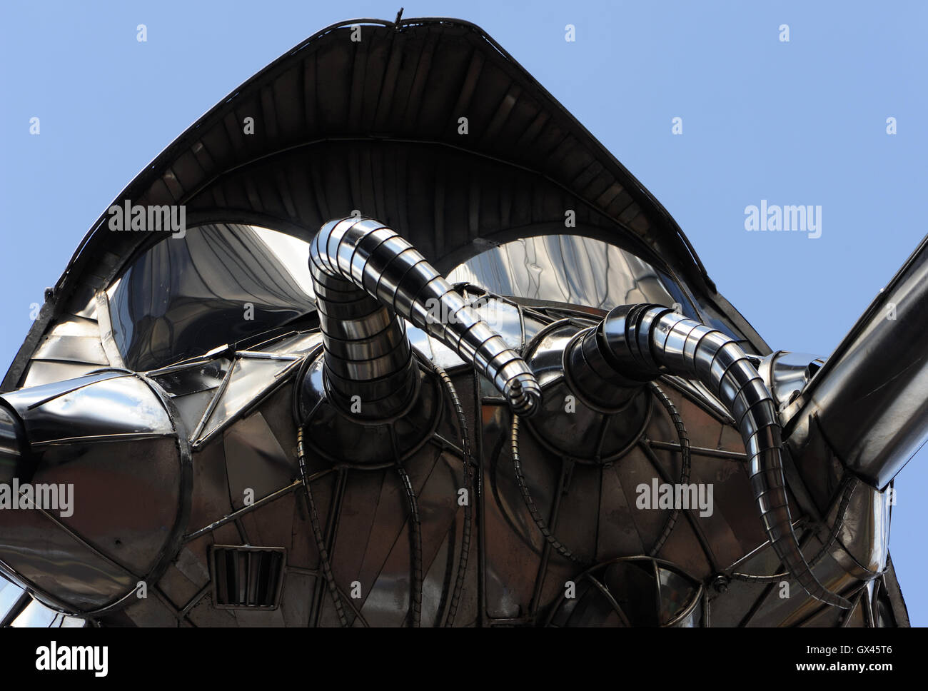 The Woking Martian celebrating Woking as the 'birthplace of science fiction'. - Stock Image