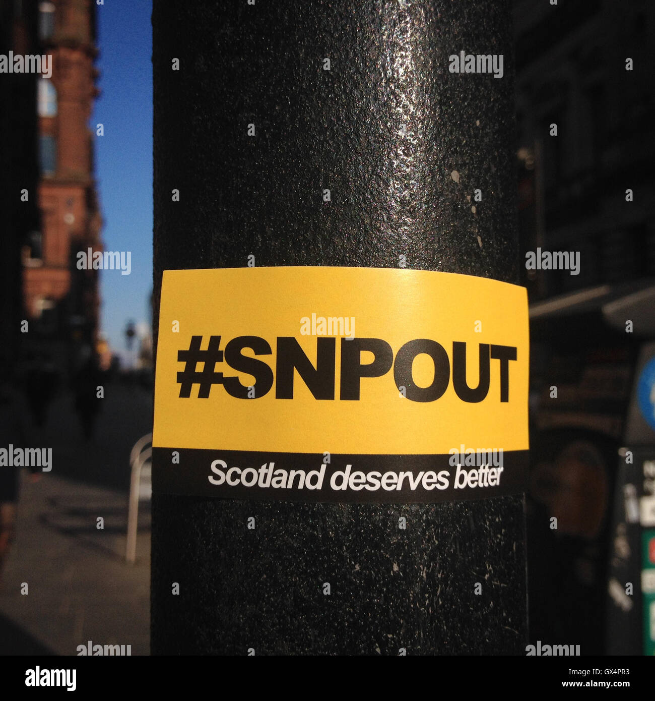'SNP Out' stickers, calling for removal of Scottish National Party, in Glasgow, Scotland, on 10 April 2016. - Stock Image