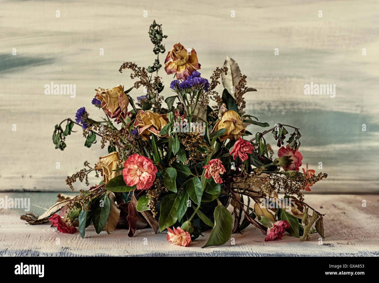Dead Flower Arrangement Stock Photos & Dead Flower Arrangement Stock ...