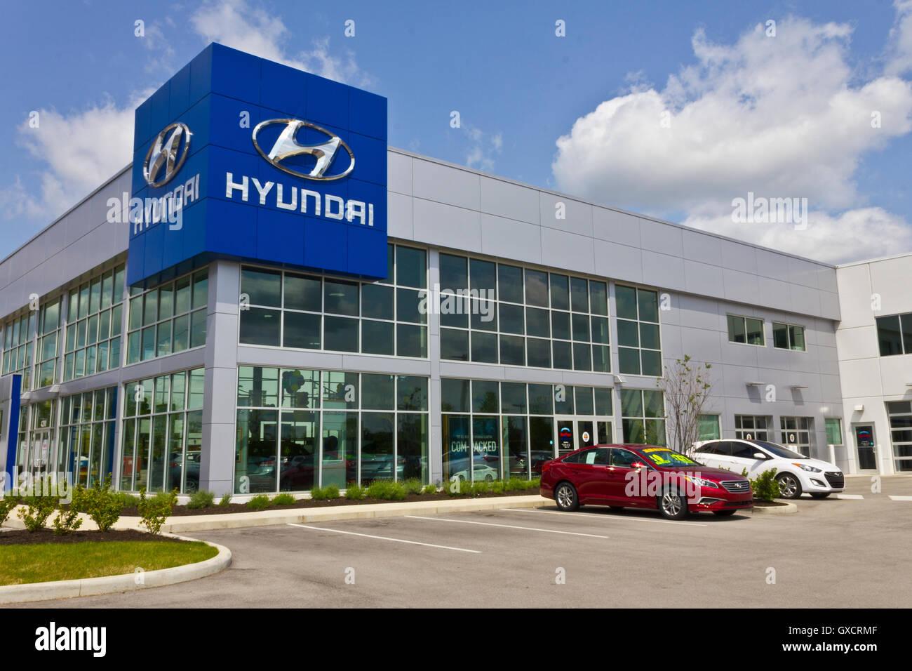 Hyundai Dealership Indianapolis >> Hyundai Dealership Stock Photos Hyundai Dealership Stock Images