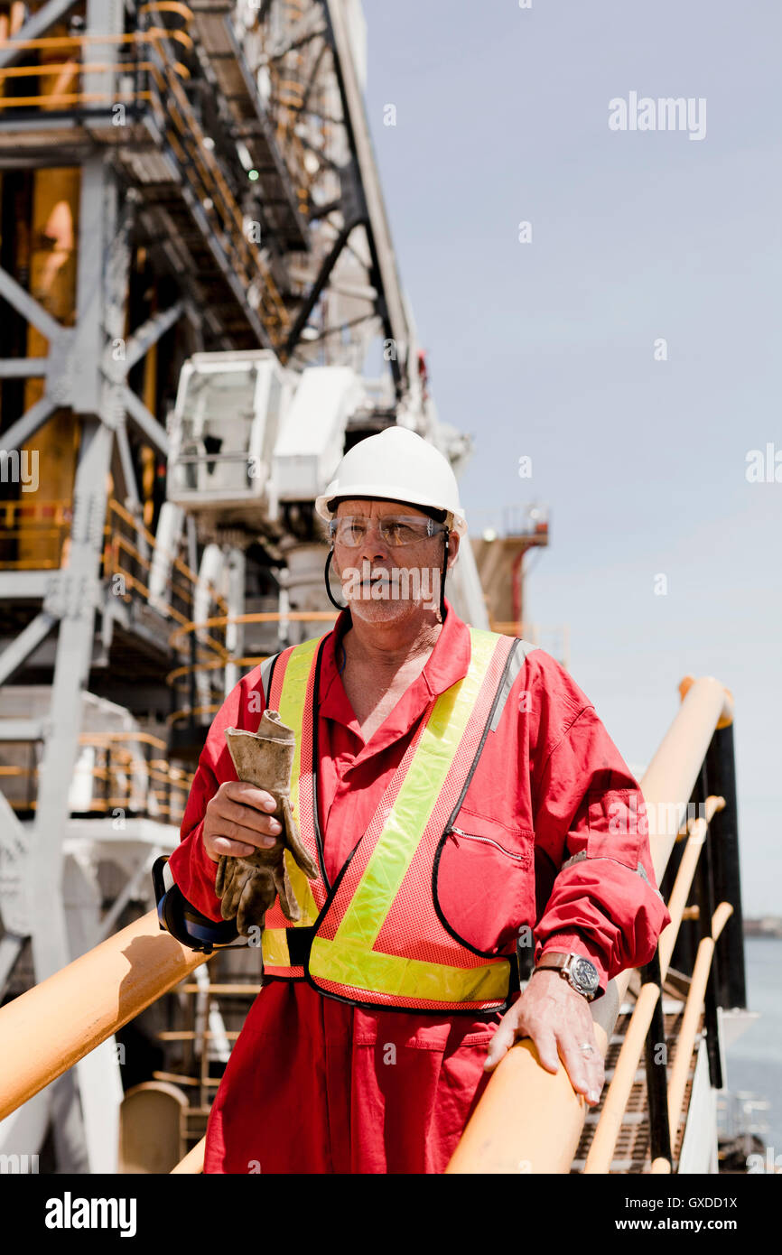 Oil Rig Engineer Stock Photos & Oil Rig Engineer Stock Images - Alamy