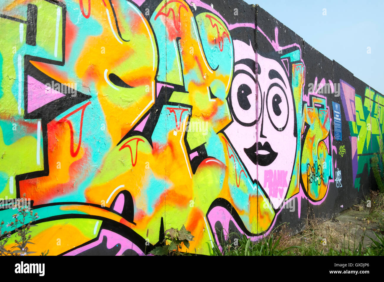 Graffiti Wall Art Stock Photos & Graffiti Wall Art Stock Images - Alamy