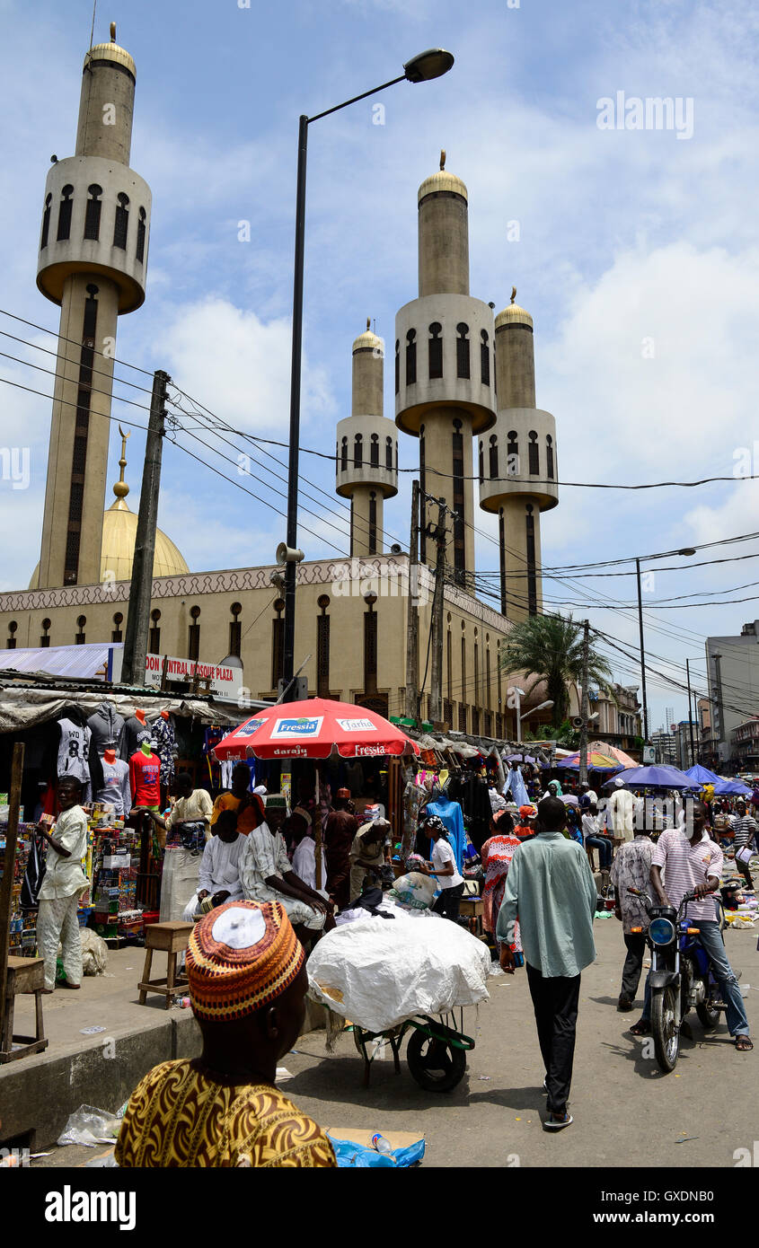 NIGERIA, City Lagos, central mosque and market street - Stock Image