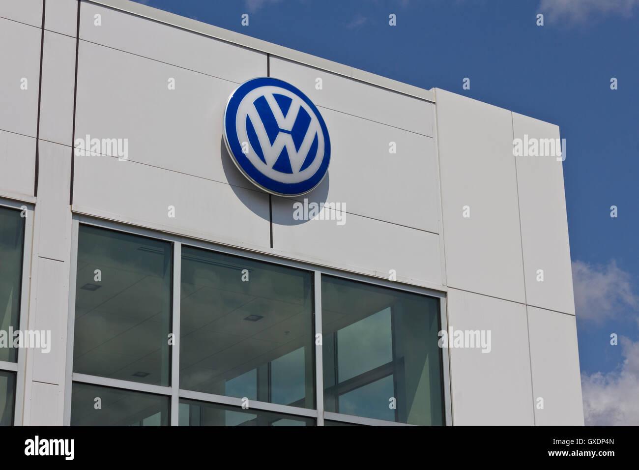 Vw Cars Stock Photos Amp Vw Cars Stock Images Alamy