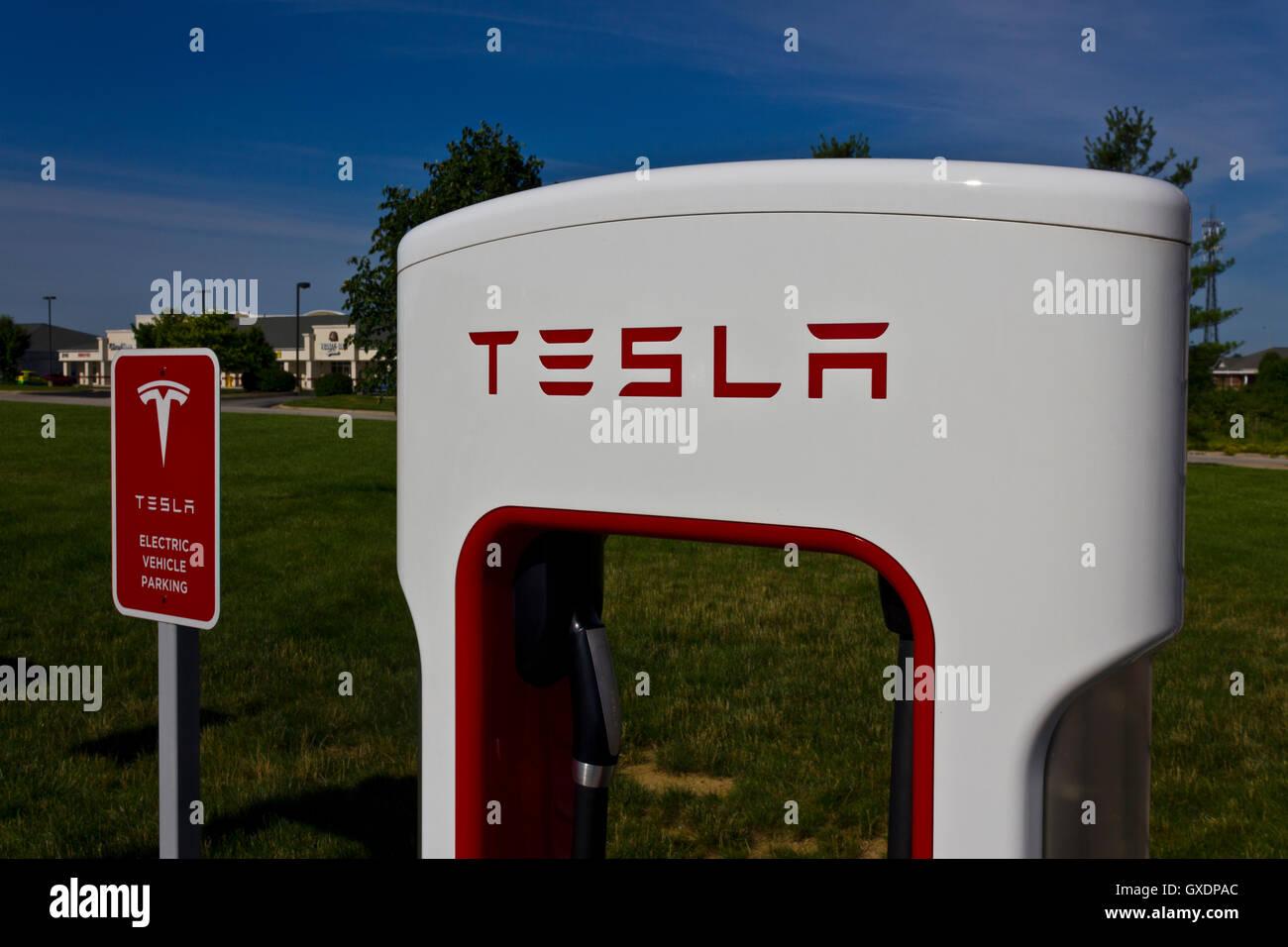 Tesla Supercharger Stock Photos Amp Tesla Supercharger Stock