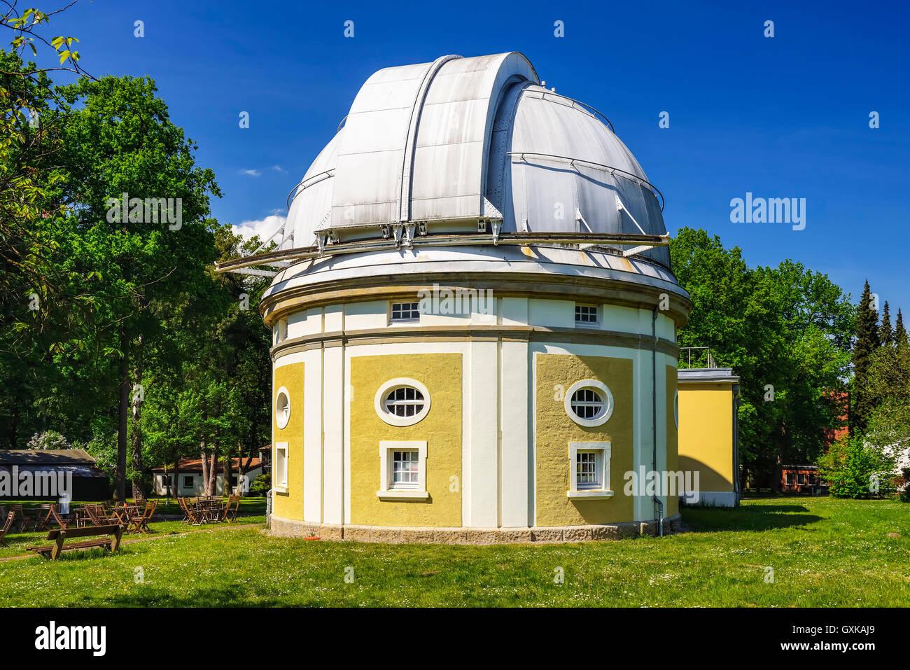 Sternwarte Hamburg, Gebäude des 1-m-Spiegelteleskops in Bergedorf, Hamburg, Deutschland, Europa Stock Photo