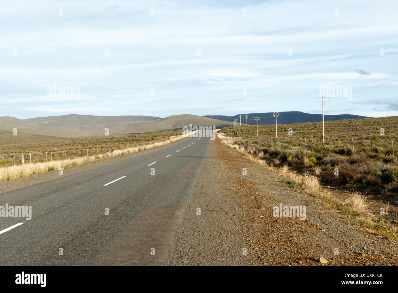 The Road to Sutherland -- Sutherland is a town with about 2,841 inhabitants in the Northern Cape province of South - Stock Image