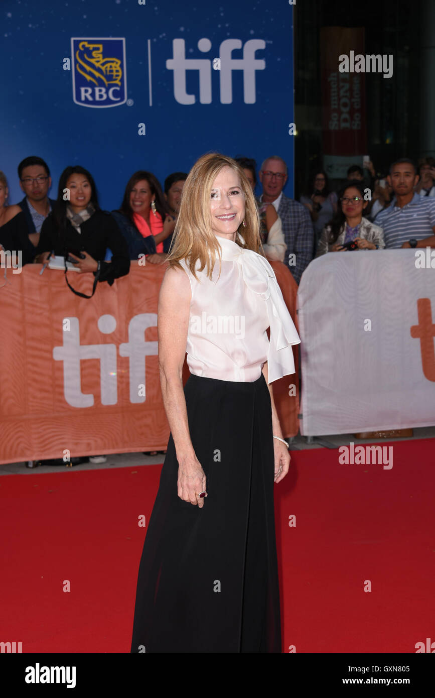 Toronto, Ontario, Canada. 16th Sep, 2016. Actress HOLLY HUNTER attends 'Strange Weather' premiere during - Stock Image