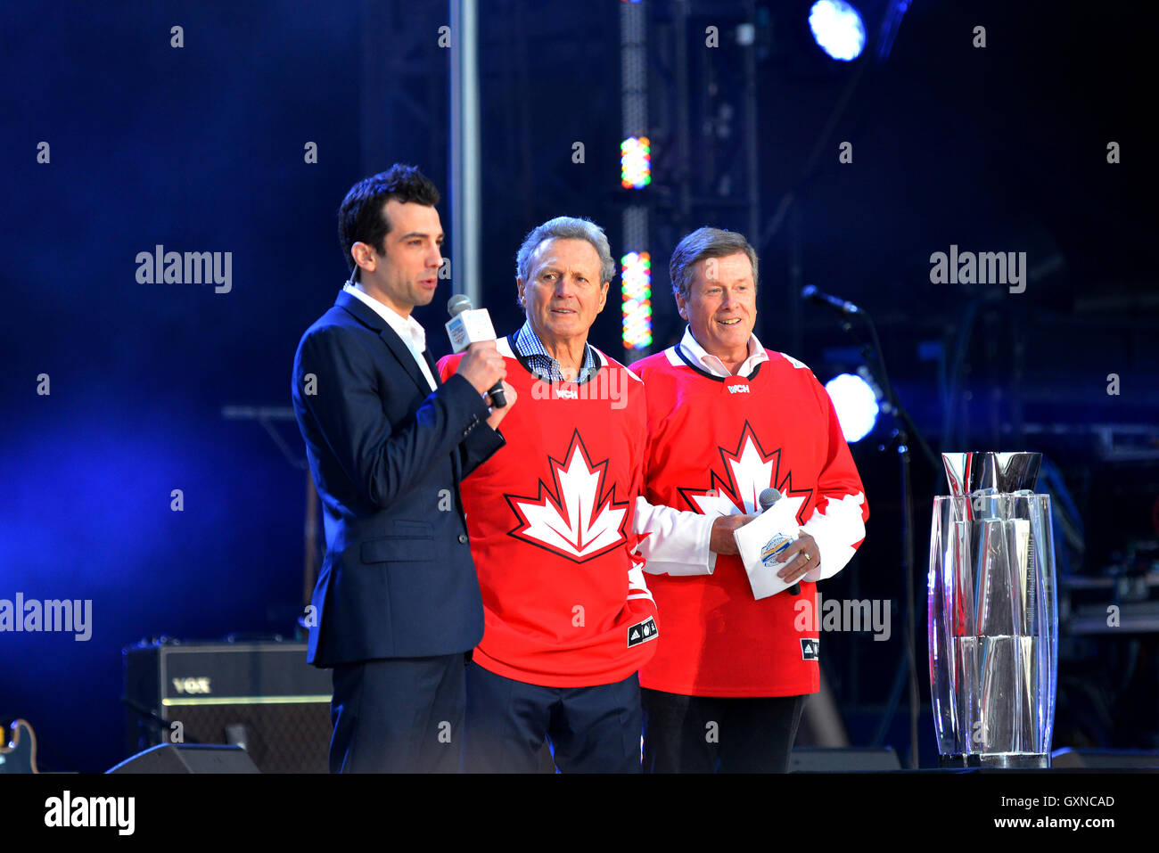 Toronto, Canada - September 16, 2016:  Jay Baruchel, Canadian hockey legend Paul Henderson, and Toronto Mayor John - Stock Image