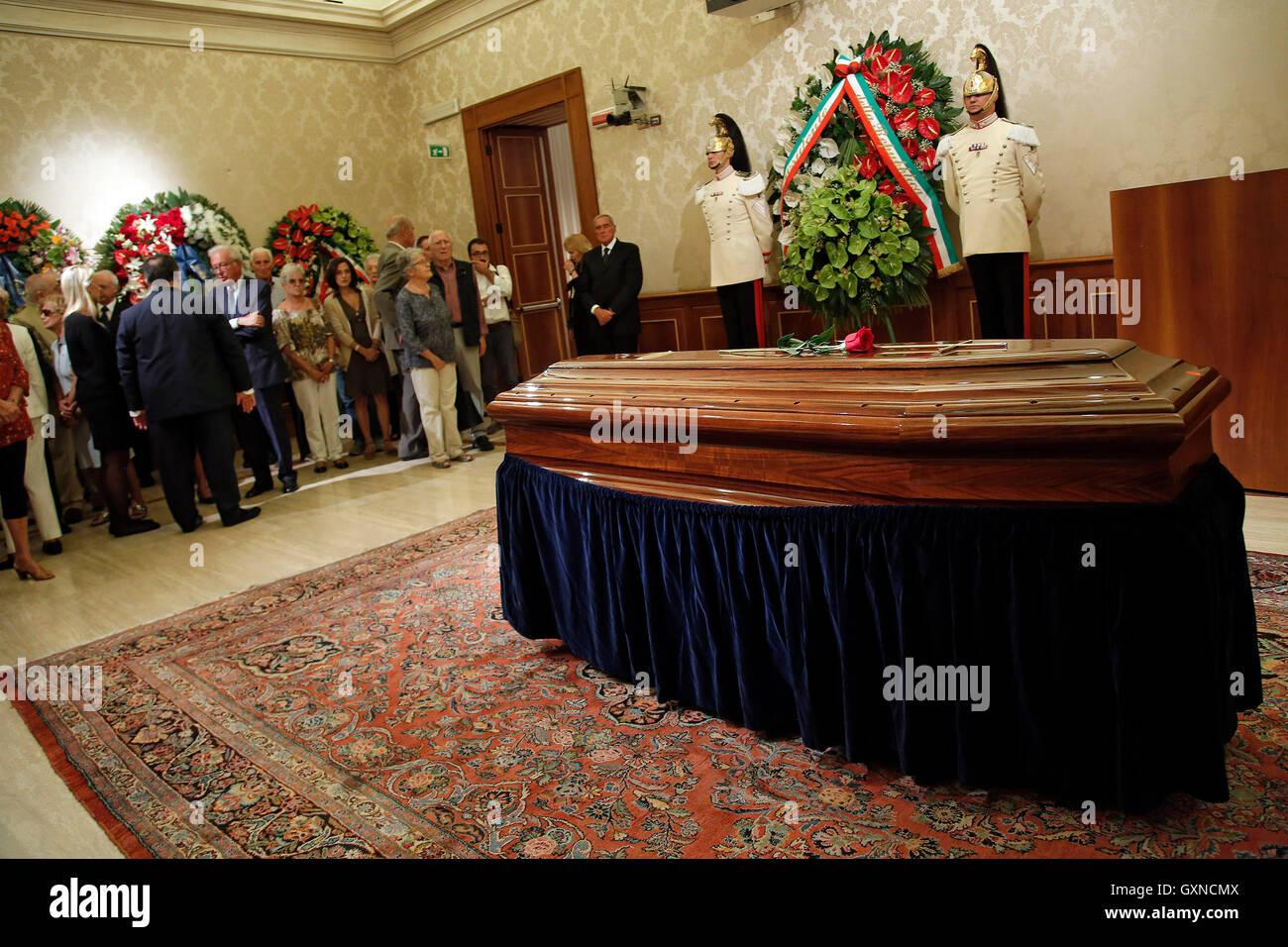 Roma, Italia. 26th Aug, 2016. Rome 17th September 2016. Senate. Burial Chamber for the former President of the Italian - Stock Image