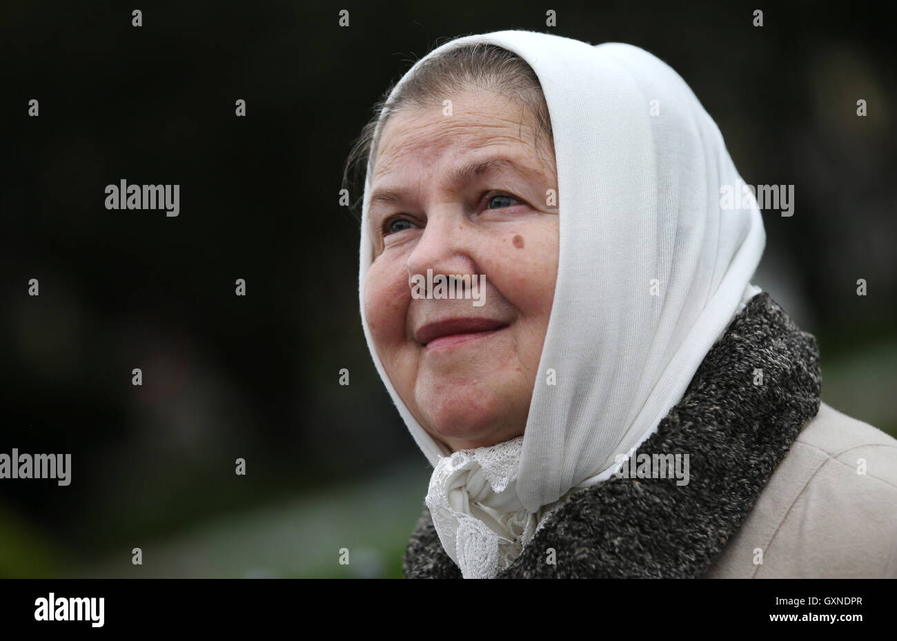 ST PETERSBURG, RUSSIA – SEPTEMBER 17, 2016: Zinaida, the mother of Russian Orthodox priest Gleb Grozovsky, stages Stock Photo