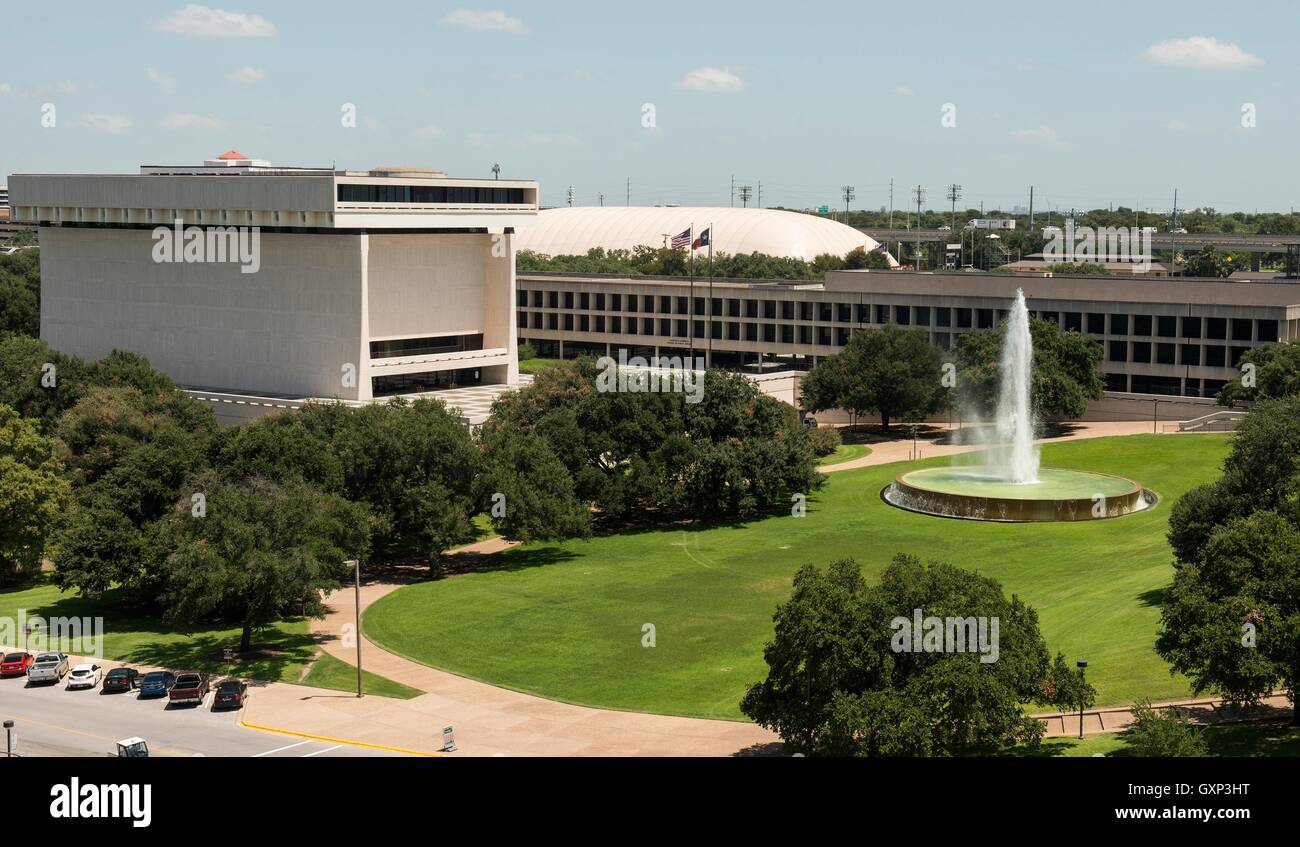 Elevated view of the front entrance and grounds of the LBJ Presidential Library August 28, 2016 in Austin, Texas. Stock Photo